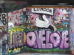 One Love London (Belinda Fewings (3 million views. Thank You)) Tags: hand flags panasoniclumixdmc belindafewings trip holiday 2017 southbanklondon symbols hearts uk unitedkingdom england love one blue red color colourful colours travel thoughtprovoking words creative art creativeartphotography southbank urban streetart onelove london graffiti