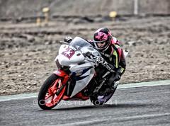 Campeona (Carlos Ramirez Alva) Tags: perú lima lachutana corredora mujer female 250cc honda superbikes motorcycle bike motos moto