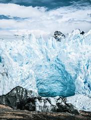 Ice cave (julien.ginefri) Tags: argentina patagonia moreno glaciar ice glacier patagonie argentine panoramic mountain sky montaña cielo glace layer perito hike south america latin trek trekking elcalafate