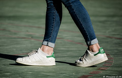 Stan Smith (Maxime C-M ✈) Tags: foot french basket adidas morbihan world shoes girl young jean terrain walk gulf evening brittany teenager europe