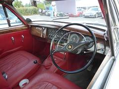 Jaguar Mk.2 3.8 (1965) (andreboeni) Tags: classic car automobile cars automobiles voitures autos automobili classique voiture rétro retro auto oldtimer klassik classica classico jaguar mk2 38 mkii dashboard fascia interior cockpit