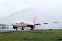 B777-2.VT-ALH-2 (Airliners) Tags: airindia 777 b777 b7772 b777200 boeing boeing777 boeing777200 inaugural inauguralflight iad vtalh 7717