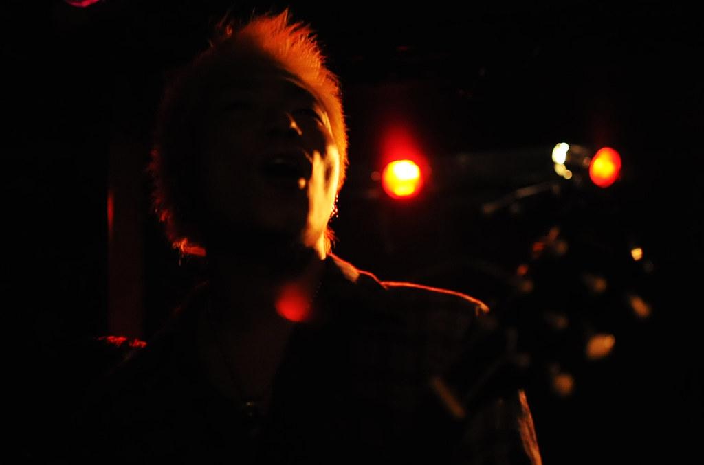 LIVE@CAVE-B 09/12/29_4992