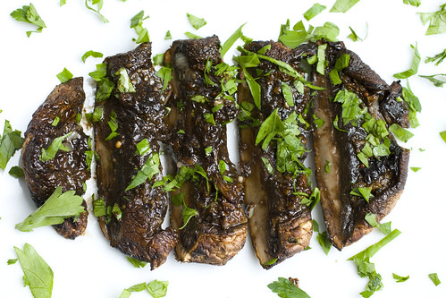 Balsamic Drenched Portobellos Sliced 3