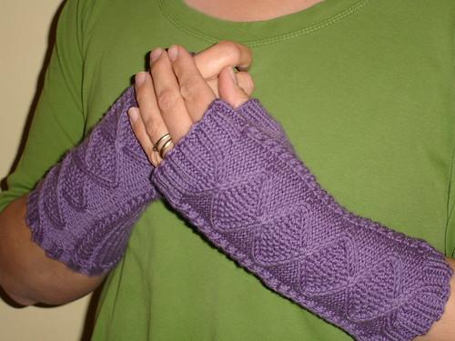 Rose's wrist warmers (2)
