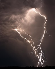 intense (Marvin Bredel) Tags: sky storm oklahoma weather electric night clouds dark intense dangerous january thunderstorm lightning marvin afterdark lightningbolts kingfishercounty cloudtoground marvin908 aftersuset canoneo40d bredel marvinbredel