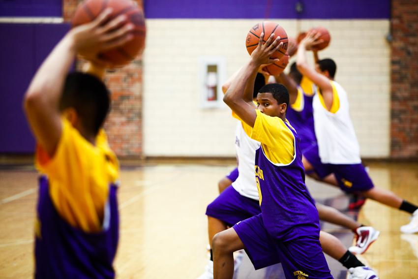 hickman_basketball_012710_26
