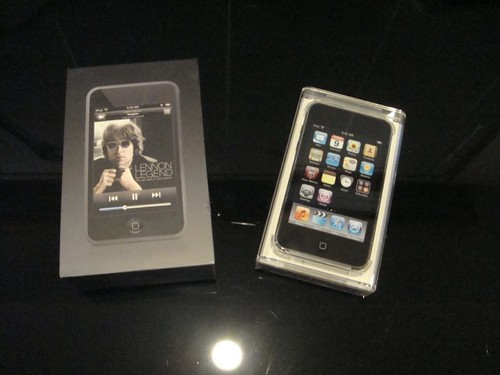iPod touch 1 and 2