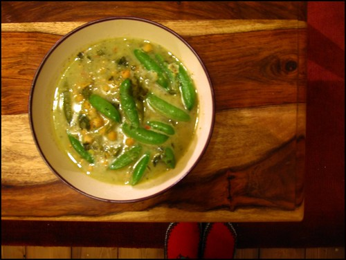 thai chickpea and mangetout soup
