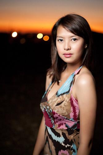 フリー画像| 人物写真| 女性ポートレイト| アジア女性| ドレス|       フリー素材|