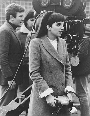 Liza Minelli on the set of Charlie Bubbles