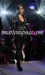 BET RIP THE RUNWAY 2010 PICTURES ... NICKI MINAJ ASS IS MESMERIZING CATS IN THE AUDIENCE