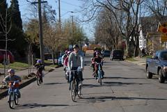 Family biking-4
