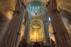 Old Cathedral  Catedral Vieja, Salamanca HDR (marcp_dmoz) Tags: old light espaa luz church architecture photoshop licht spain arquitectura nikon cathedral map interior gothic vieja kathedrale catedral iglesia kirche wideangle architektur santamaria salamanca nikkor 1735mmf28d tone hdr romanic spanien beleuchtung iluminacion romanico granangular gotico alte gotisch saintmary weitwinkel retablo altarpiece romanisch castillayleon photomatix tonemapped tonemapping castileandleon d700 altarretabel kastillienundleon