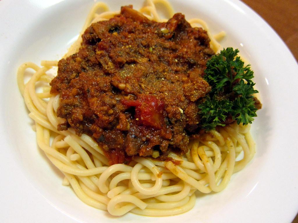 Mom's Spaghetti - Quick & Simple [Recipe 009]