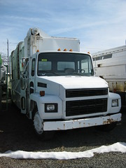 Ex-BFI 1990 Mack CS 300 / Rogers Recycler (FormerWMDriver) Tags: trash truck garbage ferris rubbish cs rogers waste refuse recycle recycling mack industries sanitation browning recycler bfi