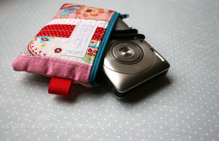 CameraHolder_01.jpg
