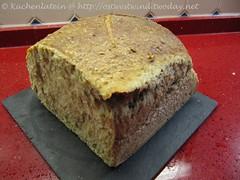 Weizenbrot mit Weizenmalzflocken 001
