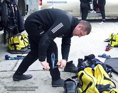martie 2010 » Scafandru sucevean pregătit pentru intervenţii şi misiuni subacvatice