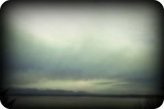 Foggy horizon (Valspring) Tags: seattle blue sunset sky verde green azul atardecer cloudy cielo nublado niebla fogg