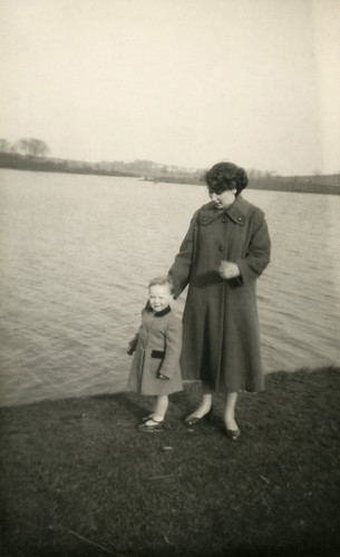 B McGinn and William Denholm age 2, Hogganfield Loch 1950s