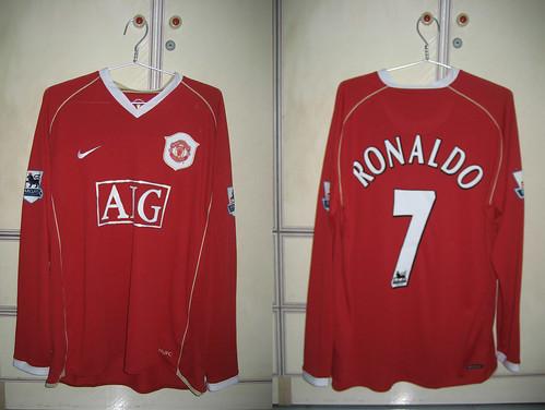 Manchester United 2006-2007 Home L/S (RONALDO)