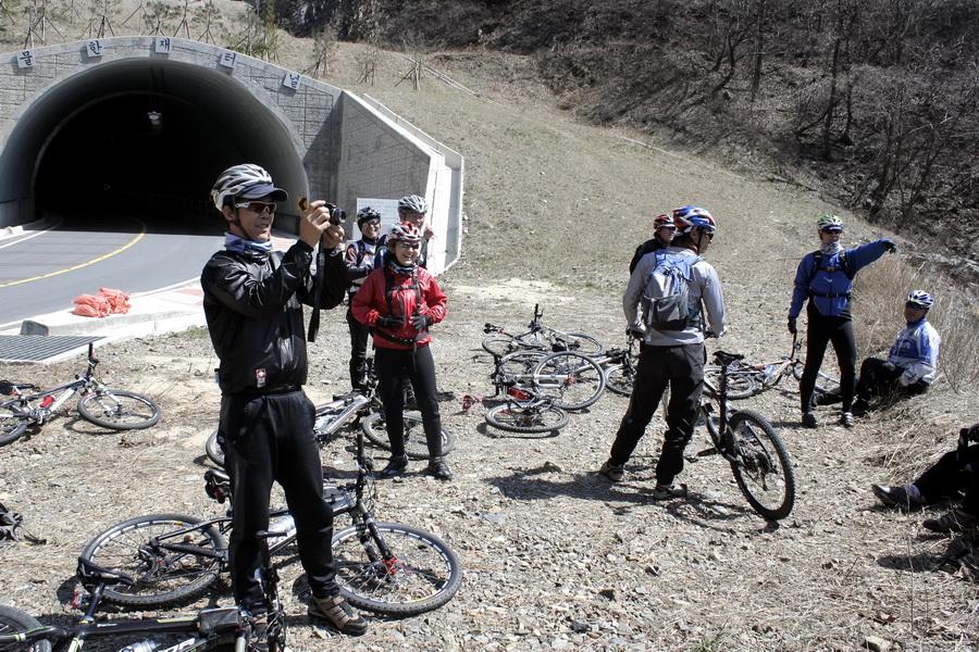 Murhan Pass tunnel