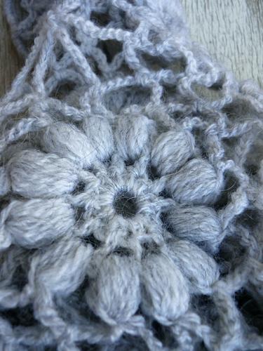scialle grigio cenere