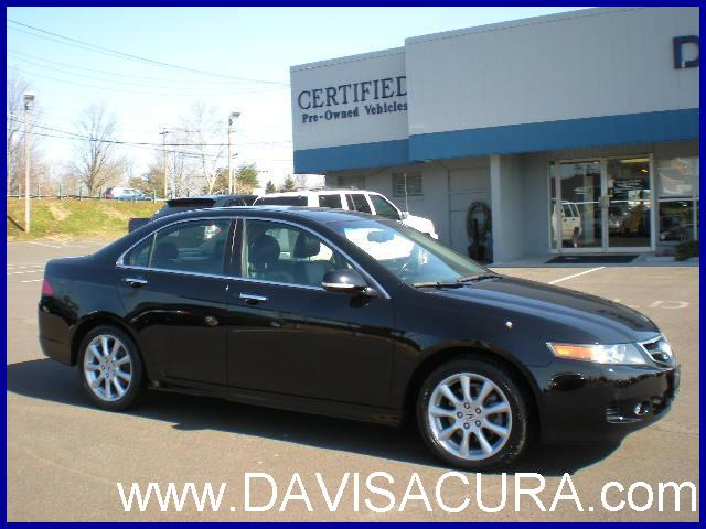 Acura Tsx 2006 Interior. Between its long list of high-end features, well-trimmed interior, agile handling and willing engine, the 2006 Acura TSX is one of the best values on the