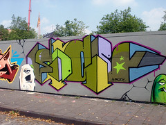 Graffiti in Dsseldorf 2009 (kami68k [24.5. - 10x cologne]) Tags: graffiti dsseldorf 2009 bunt legal socey
