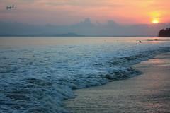 Waves and Sunset @ Radhanagar Beach (keedap) Tags: india beach asia honeymoon deepak deep virgin kanu havelock andaman sharma keerti besr radhanagar mygearandmepremium mygearandmebronze mygearandmesilver mygearandmegold mygearandmeplatinum dblringexcellence