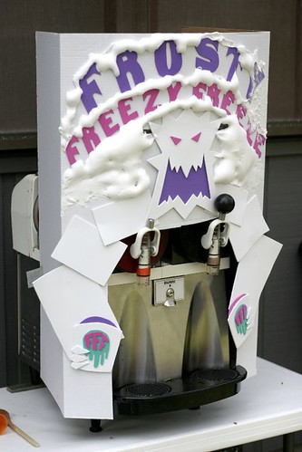 Frosty Freezy Freeze Machine