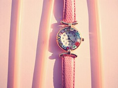(yiimisekiz) Tags: pink watch concept wristwatch saat pembe konsept mcobj