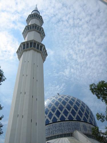 Sultan Salahuddin Abdul Aziz Shah Mosque, Shah Alam