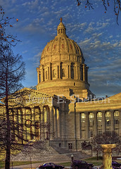 Missouri Capitol Dome @ Golden Hour (Uncle Phooey) Tags: winter scenic bluesky explore missouri dome 2009 hdr goldenhour jeffersoncity missouricapitol unclephooey scenicmissouri