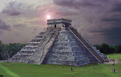 Chichen Itza Aztec Temple Mayan Light Beam