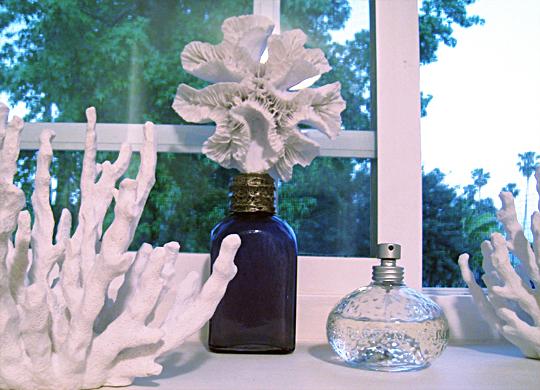 coral+faux coral+beach bathroom