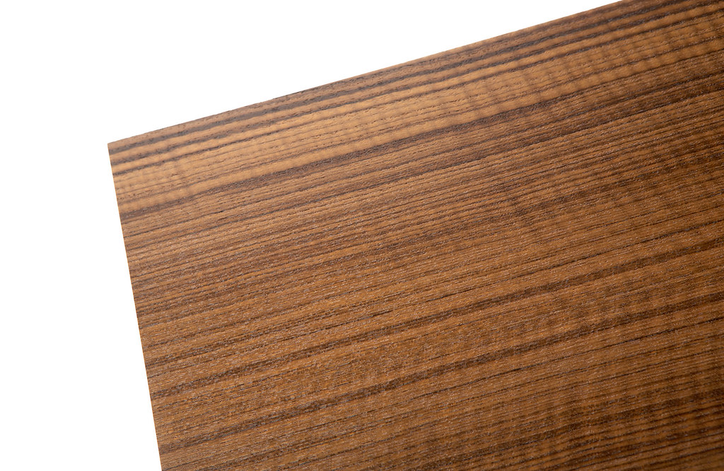 Flamed Teak Detail