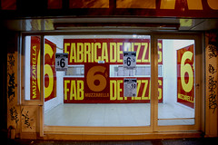 Fabrica de Pizzas (Roy Burstein) Tags: latinamerica southamerica argentina buenosaires pizza cheap fabricadepizzas