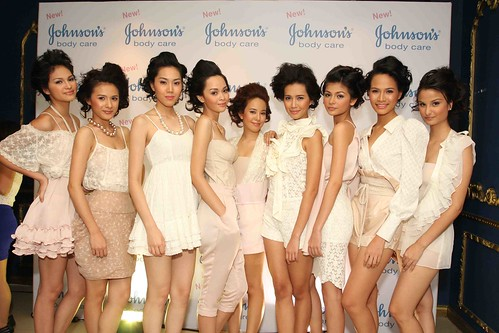 Johnsons Models showcase Soft Skin by Johnson's Body Care and the Soft Look Collection (1)