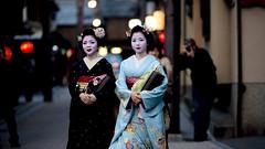 friends (Onihide) Tags: japan spring kyoto maiko geiko 都をどり miyakoodori gionkobu mamehana ichiwaka 豆はな 市和佳