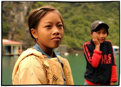 _ _ 6 0 _ _ (la_imagen) Tags: vietnam halong halongbay northernvietnam floatingvillages laimagen earthasia