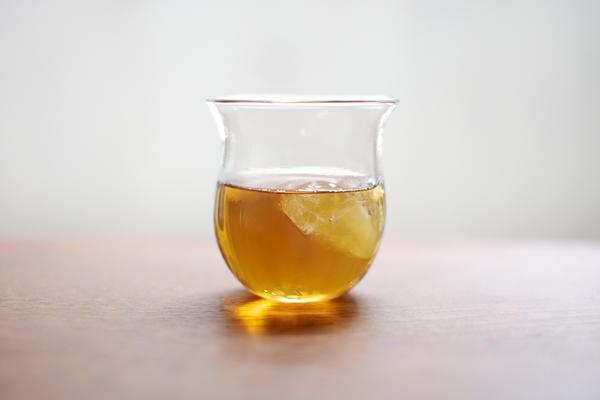 tomomi Kawakami - glass