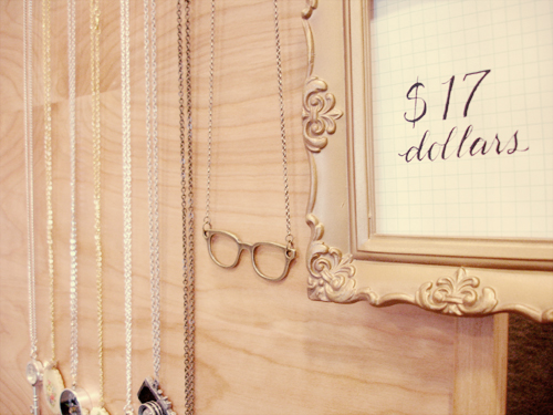 bazaar bizarre: necklace wall.
