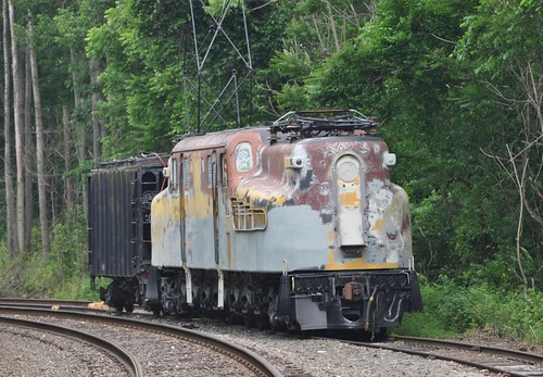GG1 4877
