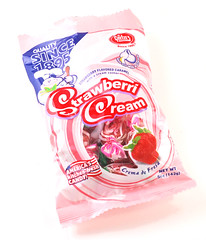 Goetze's Strawberri Cream Bag