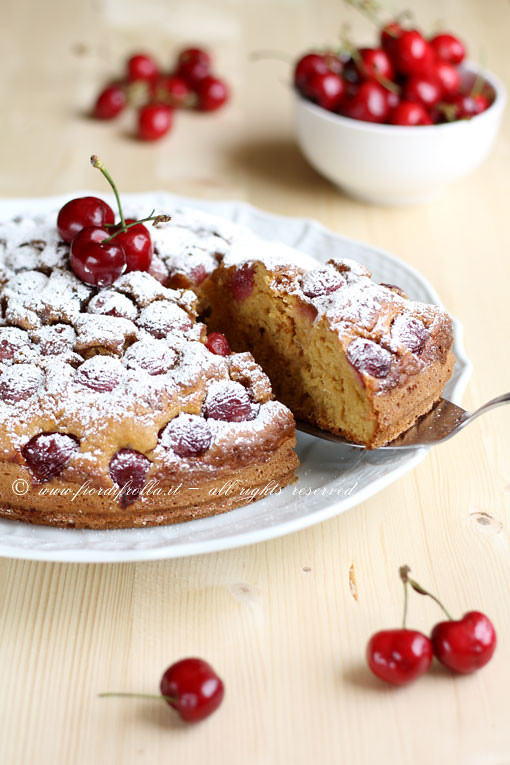 Torta alle ciliegie e kefir
