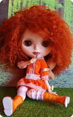 Sweet Lillybit sittin' down comfortably ;)