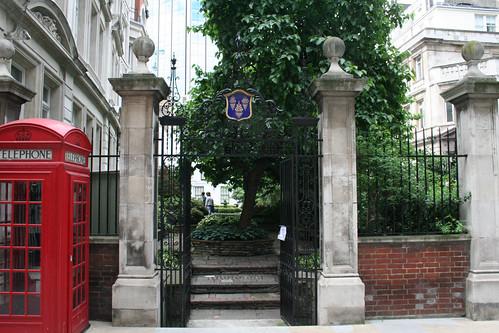 Drapers' Hall Garden