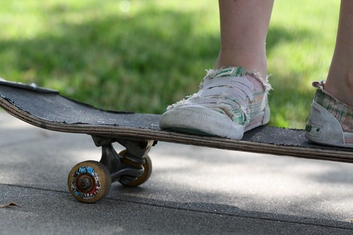 new* skateboard {bench monday}